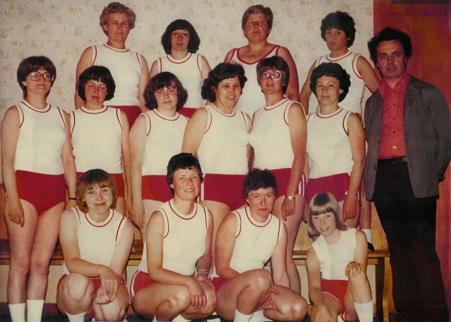 Die Gymnastik Damen im Jahr der Gründung 1969