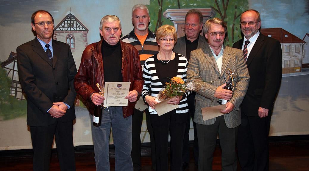 Gemeinde Brensbach zeichnet Mitglieder der SG aus