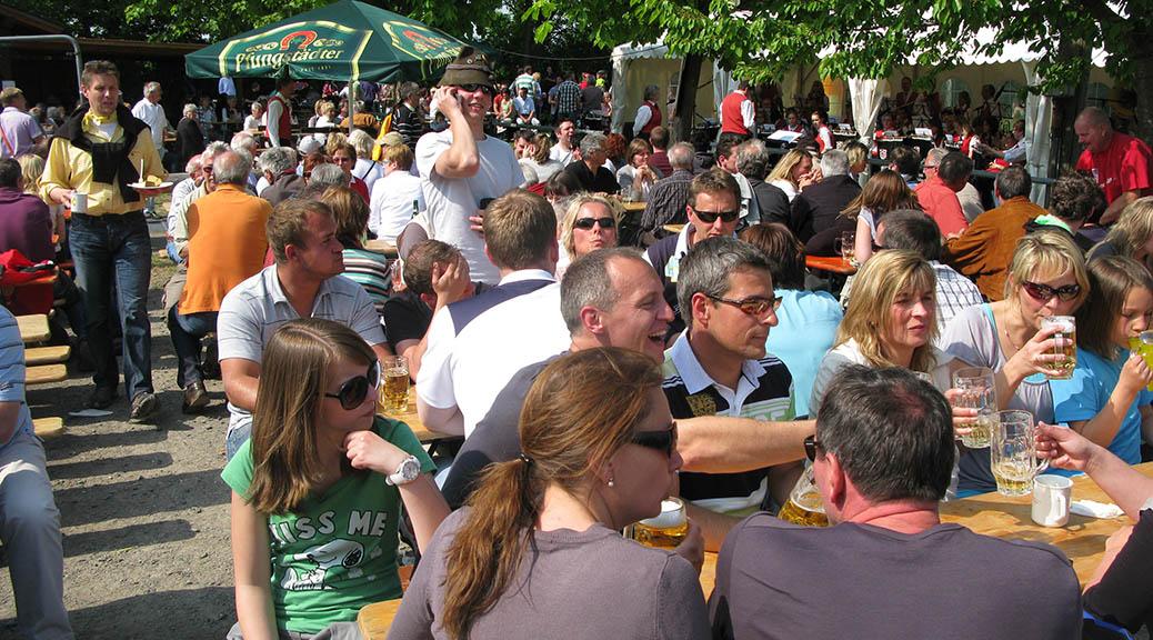 Grillfest und Oldtimer-Festival am 1. Mai – Wir sind dabei!