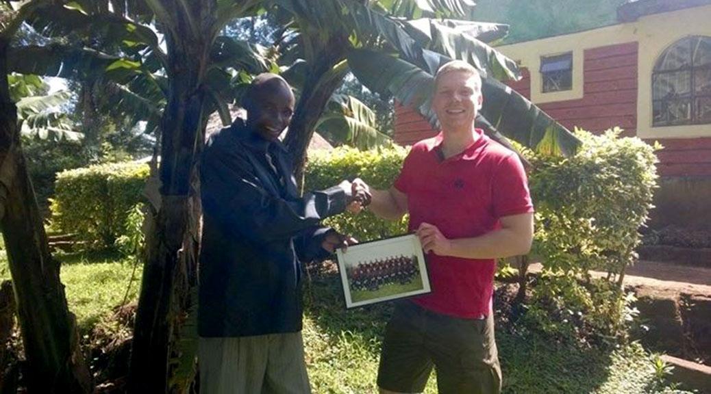 Marian Reubold besucht den FC Olereco, einen Verein im Herzen Ostafrikas