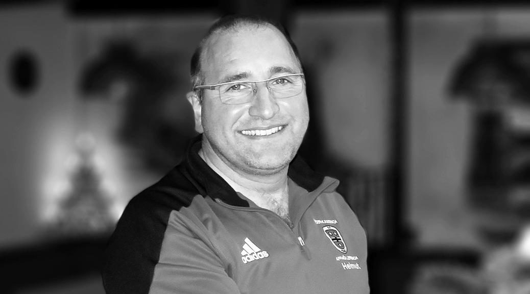 Tief betroffen nimmt die SG Abschied von Helmut Neff